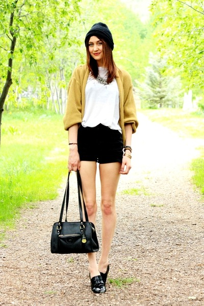 black vintage shorts - mustard vintage sweater - white vintage t-shirt