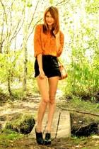 black Aldo heels - black vintage levi shorts - tawny vintage blouse