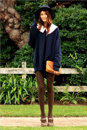 blue oversized thrifted sweater - brown platform Frye shoes