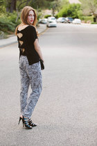 Urban Expressions bag - black strappy Michael Kors heels