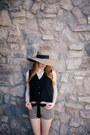 Dianes-beachwear-hat-angl-shirt-q-fashion-shorts