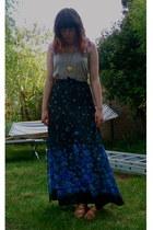 blue vintage skirt - nude staptastic Divided by H&M wedges - beige tank American