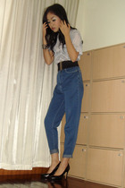 American Apparel t-shirt - jeans - black shoes