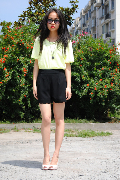 H&M shirt - shorts - shoes