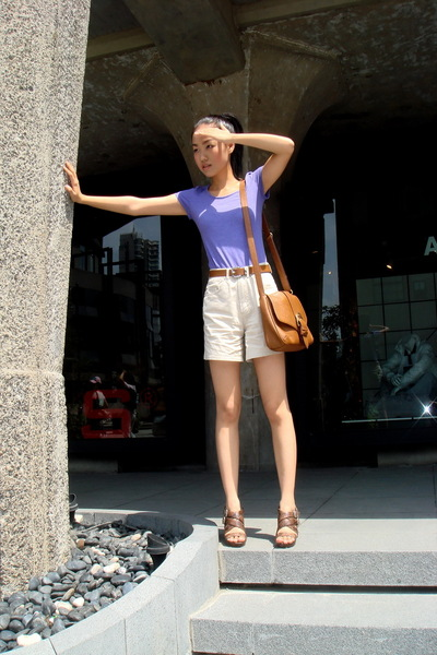 American Apparel t-shirt - H&M belt - shorts - shoes