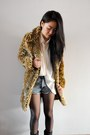 Brown-leopard-coat-vintage-shirt