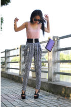 H&M top - Zara pants - vintage bag