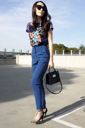 navy printed asos blouse - blue tapered Topshop pants - beige suede Zara heels