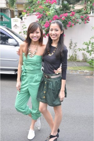 gold necklace - black Forever 21 top - green from bangkok skirt - black Janylin