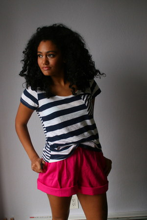 hot pink Salvation Army shorts - navy Target shirt