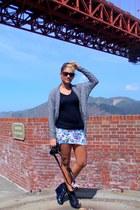 black Styles For Less shirt - dark brown CVS sunglasses - heather gray papaya ca
