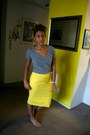 Heather-gray-target-shirt-yellow-goodwill-skirt