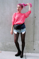 hot pink neon H&M Trend sweatshirt - black bumbag vintage bag