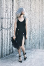 Black-feather-vintage-bag-black-basic-thrifted-bodysuit
