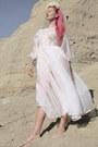 White-moms-prom-vintage-dress-cream-flower-headband-diy-accessories