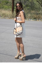 camel JumpFromPaper bag - white Forever 21 dress - tan PERUGIA heels