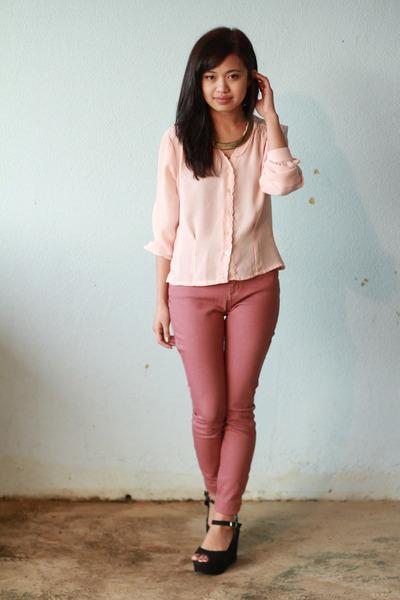 rose BDG jeans - pink vintage thrift blouse - black Pippa wedges 51132738d
