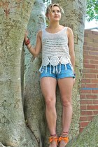 Zara top - Billabong shorts - betts sandals