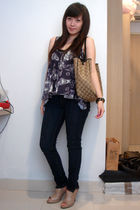 purple Topshop top - blue jeans - beige shoes - brown purse - black Forever 21 b