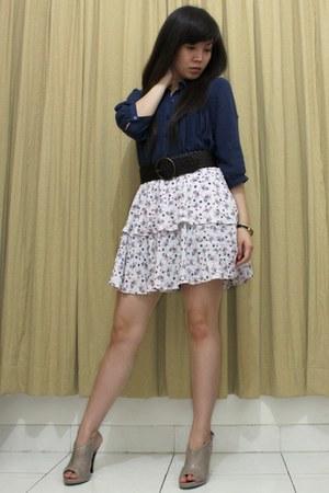 navy shirt - white Zara skirt - dark brown belt - dark khaki shoes