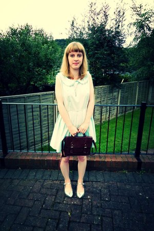 thrifted dress - satchel thrifted bag - Topshop flats - Monki necklace