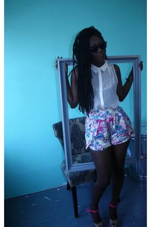 Sugarlips shorts - Raybans sunglasses - H&M blouse