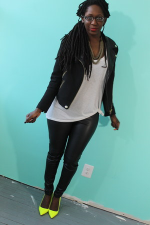 H&M shirt - Zara jacket - H&M pants - shoemint pumps