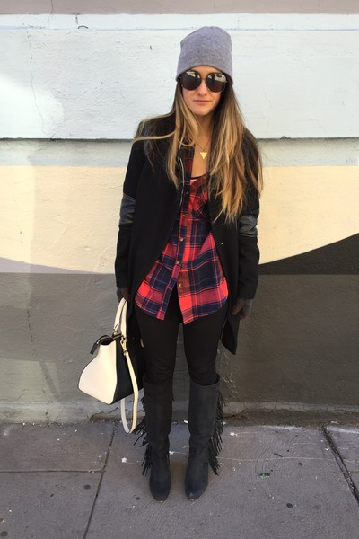 beanie Urban Outfitters hat - fringe Koolaburra boots - calvin klein jacket