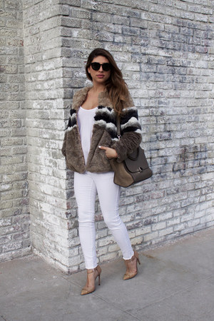 white denim Zara jeans - light brown faux fur Pull & Bear jacket