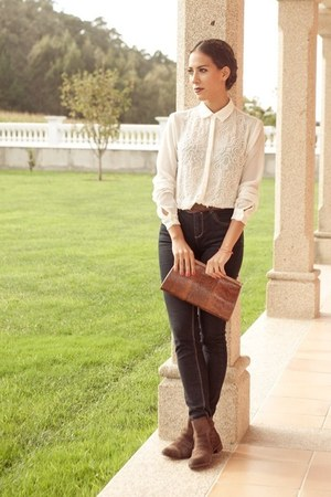 white pearled BLANCO blouse - dark brown leather Bershka boots