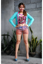 Boostee Yay top - Meilen shorts - Victorias Secret hoodie - Primadonna wedges