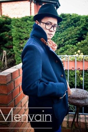 Zara scarf - Manvious hat - Posse Apparel jacket - Topman socks - Esprit belt