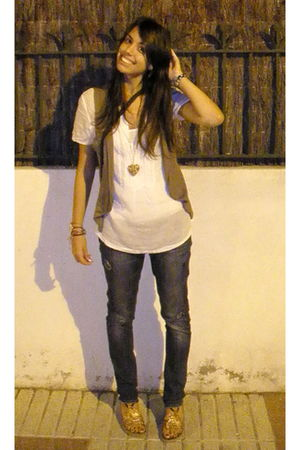 white ese o ese shirt - blue fridays project jeans - brown Stradivarius vest - S