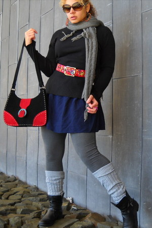 black boots - heather gray scarf - ruby red bag - black top - ruby red belt