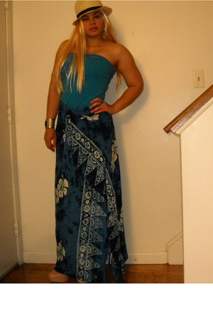 blue skirt - blue top
