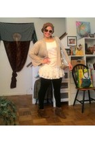 tan beret hat - off white lace top blouse