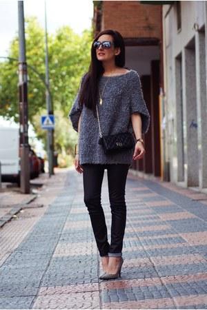heather gray Zara sweater