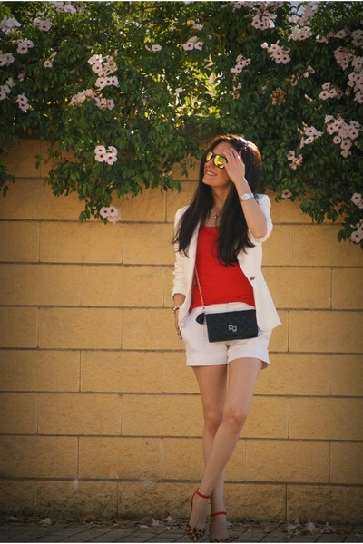 off white Zara blazer - off white Zara shorts - Zara heels - Oakley glasses