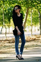 Levis jeans - Knockaround sunglasses - Zara heels