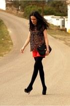 Bershka shorts - Stradivarius heels - Zara blouse
