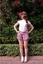 brown flowers Secondhand hat - white Secondhand shirt - salmon flowers shorts -