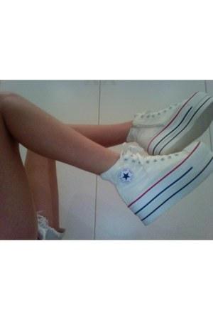 platforms sneakers