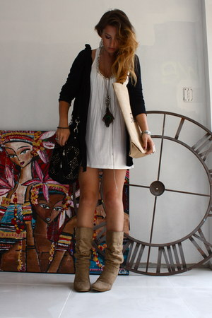 white tunic cotton Juicysugar dress - black leather Topshop bag