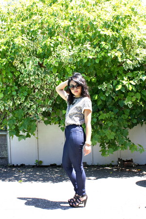 navy Forever 21 jeans - dark khaki cheetah print thrifted top
