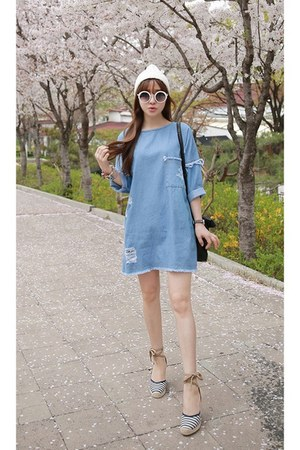 sky blue MIAMASVIN dress - ivory MIAMASVIN hat - black MIAMASVIN bag