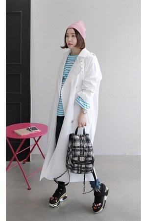 sky blue MIAMASVIN coat - white MIAMASVIN shorts