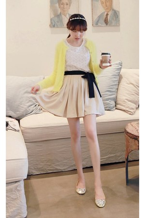 light yellow fuzzy cardigan MIAMASVIN cardigan - black MIAMASVIN skirt