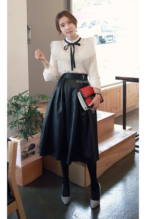 black MIAMASVIN skirt - ivory MIAMASVIN top - MIAMASVIN pumps
