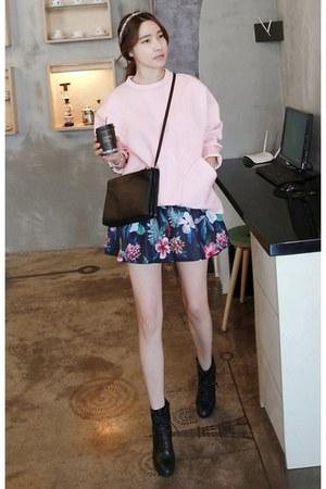 navy MIAMASVIN skirt - black MIAMASVIN boots - light pink MIAMASVIN sweater