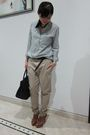 Blue-zara-shirt-brown-zara-pants-brown-louboutin-shoes